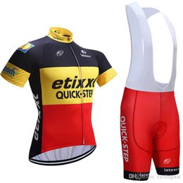 8d16a1b00 2017 Hot Quick step Bike Jerseys cycling clothing set Roupa Ciclismo 100%  Polyester Cycling jerseys With Gel Pad Shorts E2302