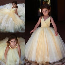 Light Yellow Ball Gown Flower Girl Dresses For Wedding V Neck Toddler  Pageant Gowns With Sash Floor Length Tulle Kids Prom Dress d78b303ffc47