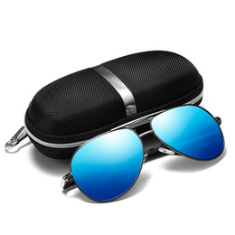 3ebdb3cb72 New Men Classic Polarized Sunglasses Frog Mirror Spring Legs Colorful Film  Wild Personality Fishing Glasses Driving Mirror