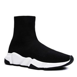 Discount buckle Paris Triple S Casual Shoes Fashion Brand Designer Sock Shoes Speed Trainer Black Red Triple Black Socks Sneakers