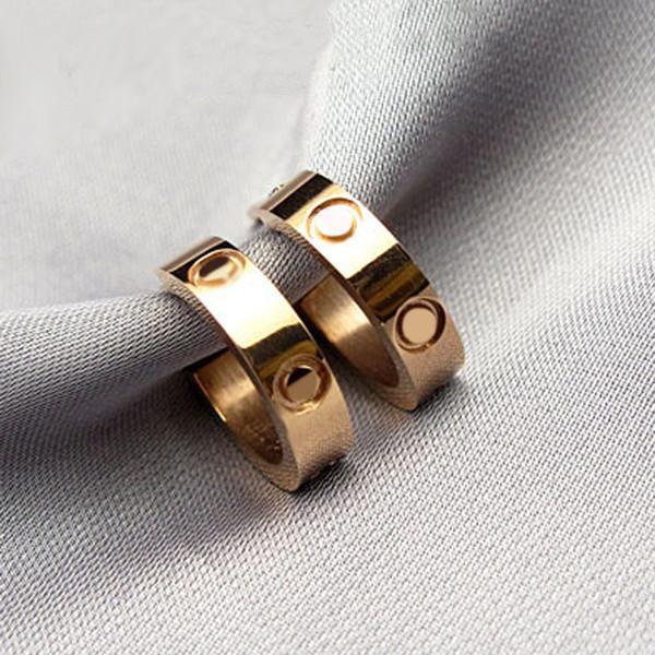 Новое поступление серьги-гвоздики из нержавеющей стали марки 316L с бриллиантами и