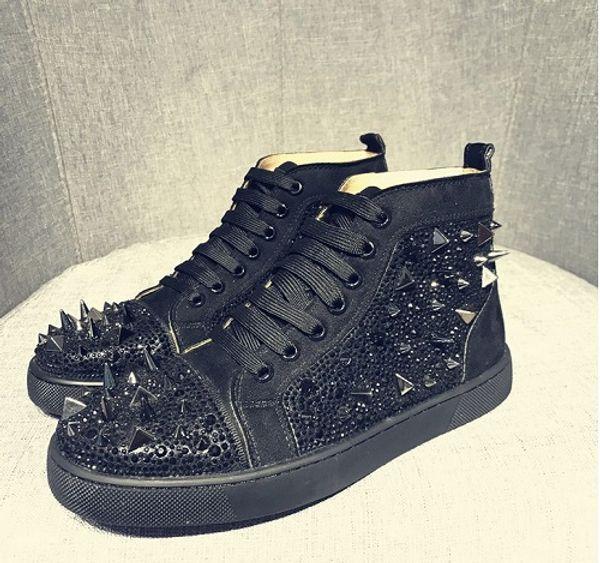 Дизайнерские туфли Кожаные туфли Spike с красными низами кроссовки с красным низом