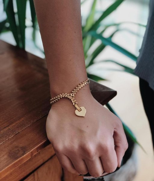 gulce_dereli,_heart_symbol_charm_bracelet,_infinity_chain_bracelets,_charm_bracelets,_gift_box,_gold_silver_plated