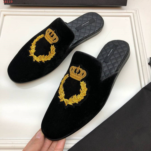Бархат тапочки с короной вышивка мужчины формальная обувь вне тапочки бренд диза фото