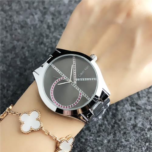 2019 Luxury Famous michael Women Rhinestone Watches Fashion Luxury Dress m k Ladies Watch kor Dial Man bag DZ GUESSity pandora Watches029