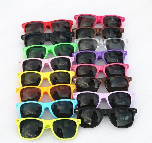 Send dhl women  and men  mo t modern beach  ungla   pla tic cla  ic  tyle  ungla  e  17 color