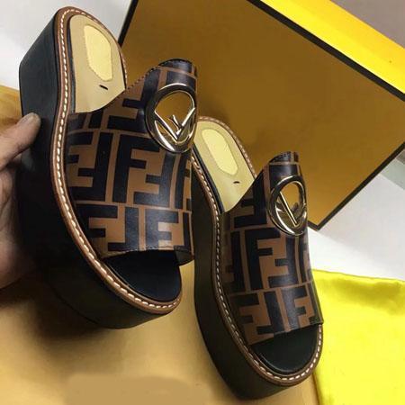 2019New Luxury Fashion сандалии на танкетке Дизайнерская обувь Женская дизайнерская обувь с оригинальной коробкой Горячий дизайнерский ручной работы