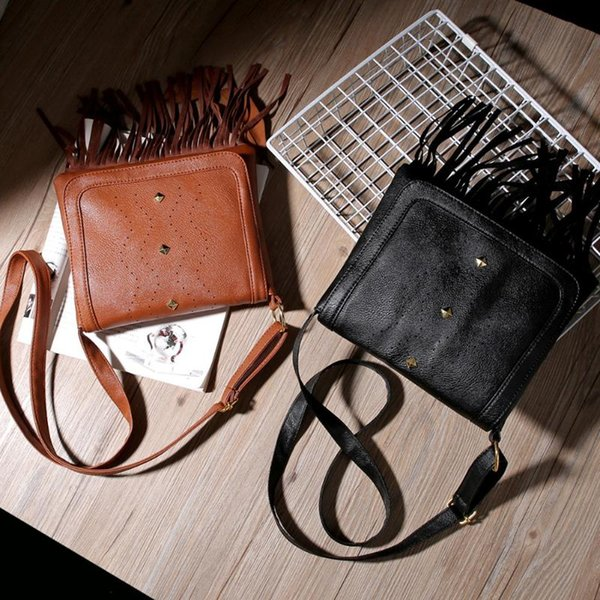 women vintage retro tassel rivet handbag messenger purse tassel handbag woman fashion purse casual shoulder bag (552980248) photo