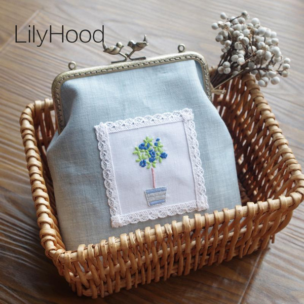 french countryside linen embroidery sling bag female handmade vintage clasp small messenger bag lady shabby chic cellphone purse (561491523) photo