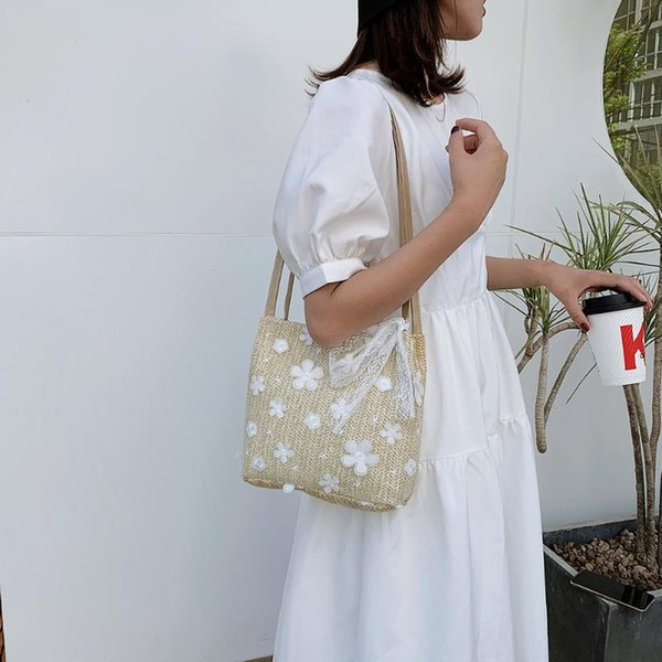women lace flower handbag classic texture creative chic leisure purse girl straw weave elegant beach tote shoulder bag (568326584) photo