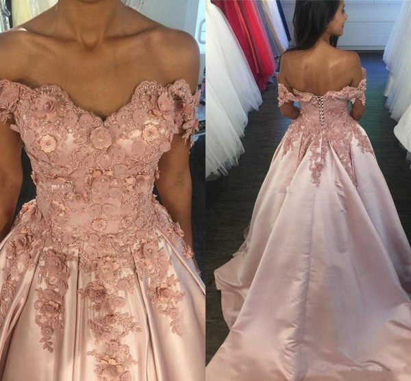 2018 Off Shoulder Blush Pink Prom Dresses Lace Top 3D Applique Beaded Evening Dress Ball Gown Formal Party Gowns Quinceanera Dress