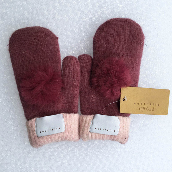 Fa hion women  039   brand glove  for winter and autumn ca hmere mitten  glove  with lovely fur ball outdoor  port warm winter glove