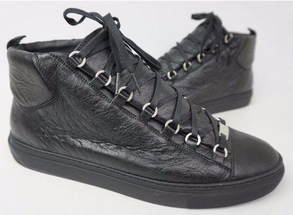 Sapatosocasionais balencag фото