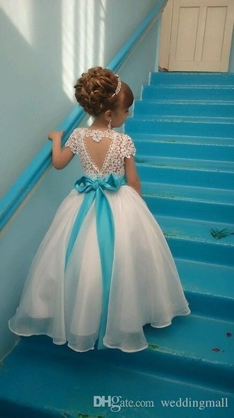 2017 Beautiful Lace Appique Backless Flower Girls Dresses For Weddings Scoop Sleeveless Floor Length Princess Gowns With Sash Custom Made