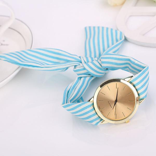2018 женщин часы полоса цветочные ткани группы часы циферблат браслет Кварцевые на фото