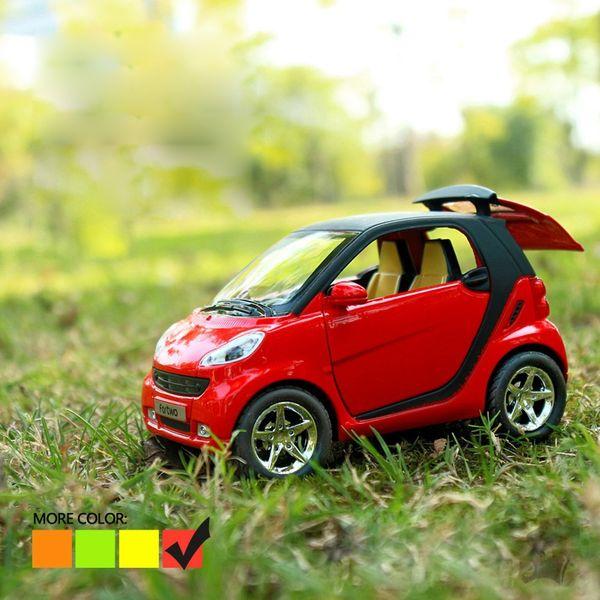 1/32 Масштаб Smart Fortwo Pull Back Модель Автомобиля Коллекционная Игрушка Со Звуковым Свет