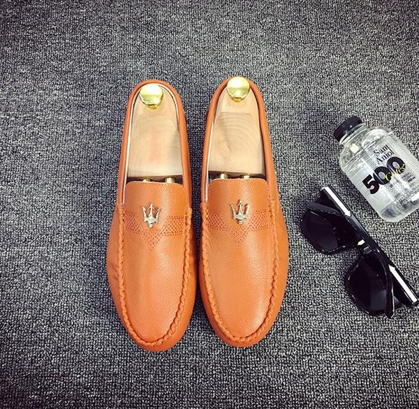 Sapatos clássicos aoppe