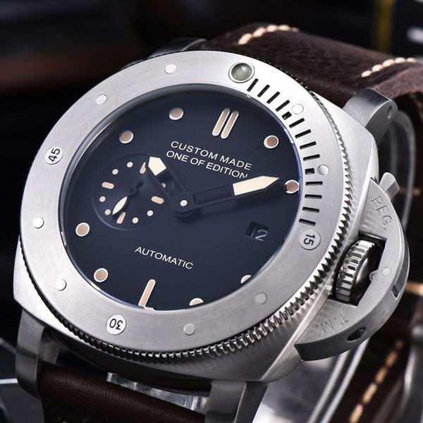 47мм автоматические механические часы Мужчины кожаный ремешок Роскошные PVD Дело В фото