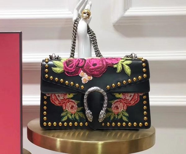 original women design purse many other brand purse,wallet,from factory directly,fast delivery (530645235) photo