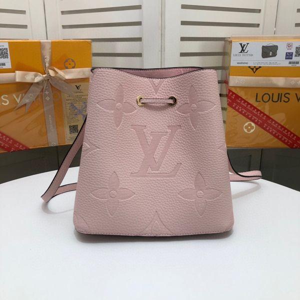 fashion love heart v wave pattern satchel designer shoulder bag chain handbag luxury crossbody purse lady tote b muo (529936731) photo