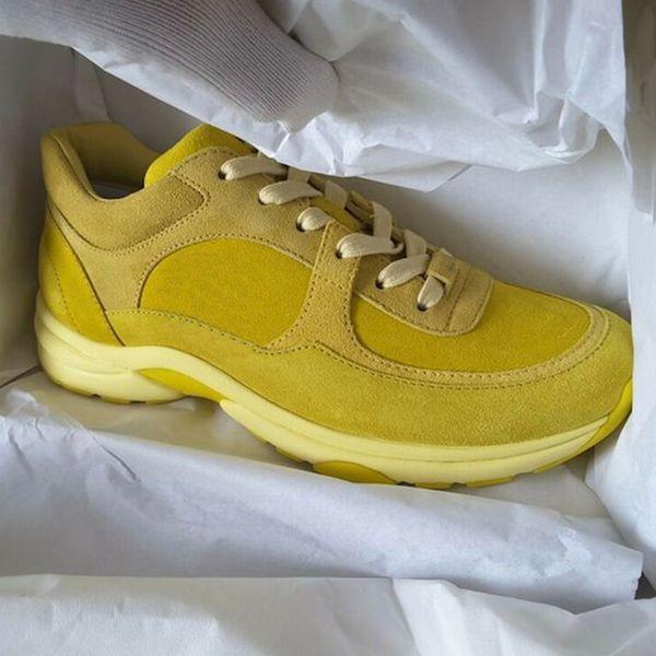 Новые женские кроссовки кроссовки кроссовки желтая замша дизайнерская обувь из телячьей кожи мужская нейлоновая спортивная обувь из овчины лакированные пвх низкие кеды