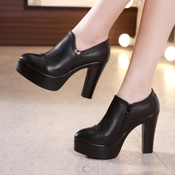Sapatos clássicos beatswars