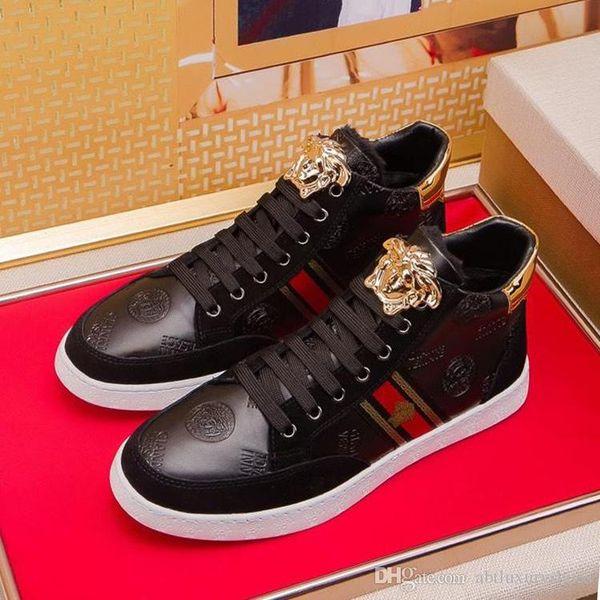 Men Shoes Luxury Sculpted Medusa Leather Sneakers Vers@ce High Top Plus Velvet 2018 Winter Mens Shoes Flats Heel Sneakers Lace Up Design