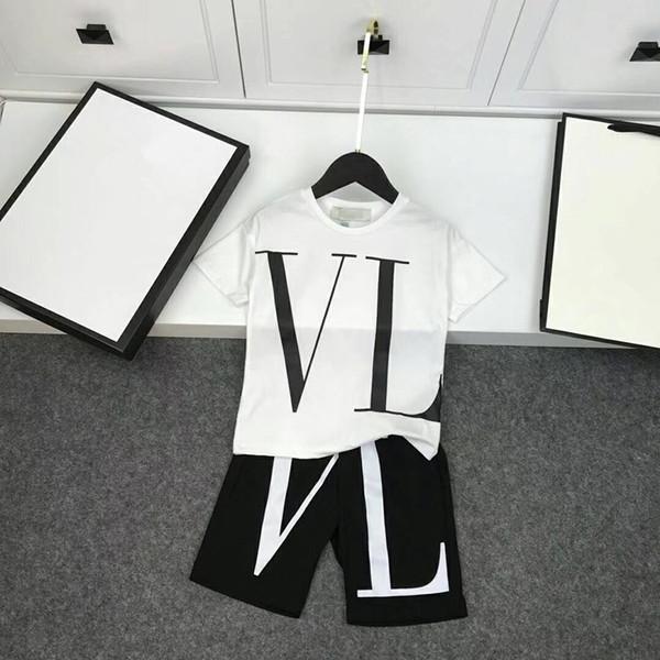 Новый стиль 2019 летние мальчики комплект одежды дети высокого класса футболка + брюки 2 шт. повседневная мода спортивный набор