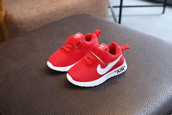 Весна и Осень 2019 года Взрыв Детская обувь Корейский Экран Обувь Бег Дышащая Спорт фото