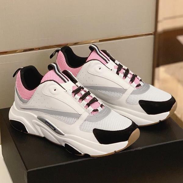 B22 Кроссовки в светло-розовом техническом вязании Серые туфли из телячьей кожи 2019