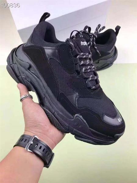 Мужчины Женщины Повседневная обувь Мода Роскошные дизайнерские кроссовки Paris 17FW