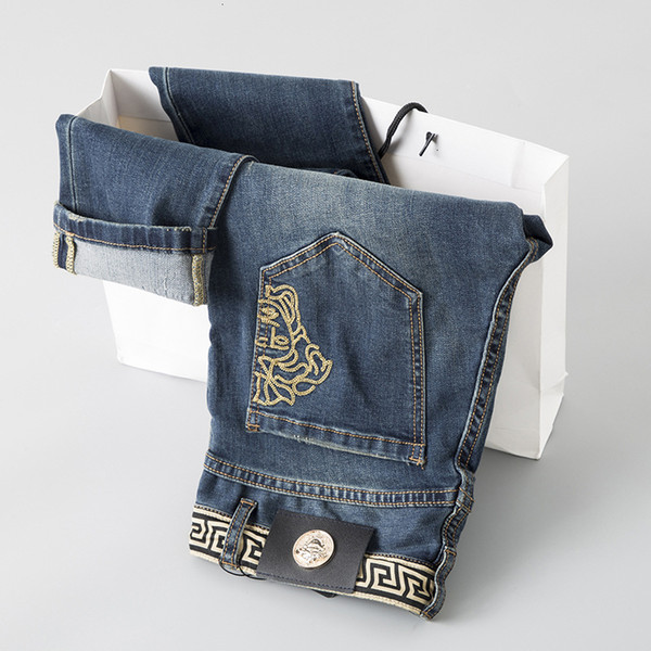 Llf Best Seller New Fashion Men's Wear Original Design Men Jeans Straight Trousers Embroidery Loosen And Comfortable Hg77