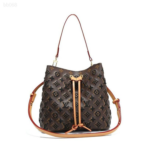 luxurys retro handbag fashion pattern embossed leather tote purse luxury bag mid size portable checkered for girl (515712632) photo