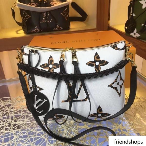luxury handbags purses women fashion luxury design bags design luxury handbags purses (508475009) photo