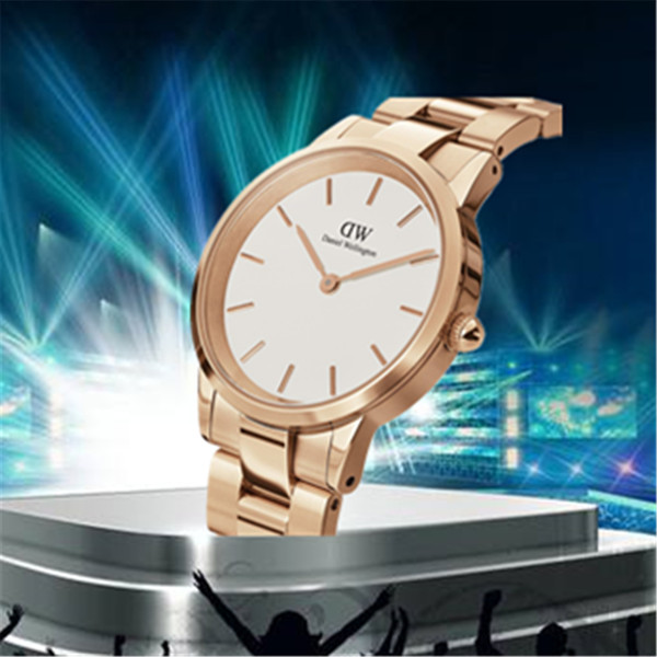2019 новое прибытие все стальные мужчины 36 мм женщины 28 32 мм часы мода роскошные ква фото
