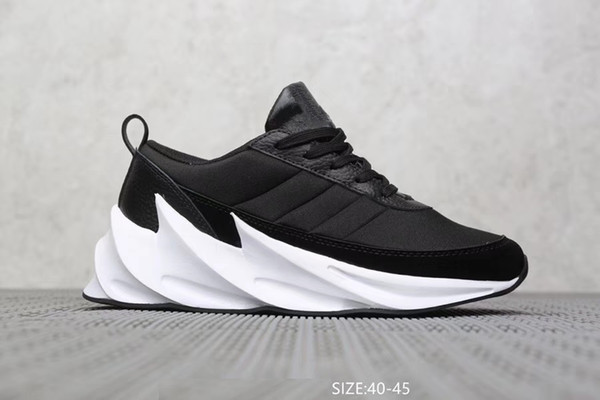 2019 new shark v1 track father dirty Paris triple S Designer Speed Trainer Stretch Sneakers Breathable Men women waking clunky Shoes