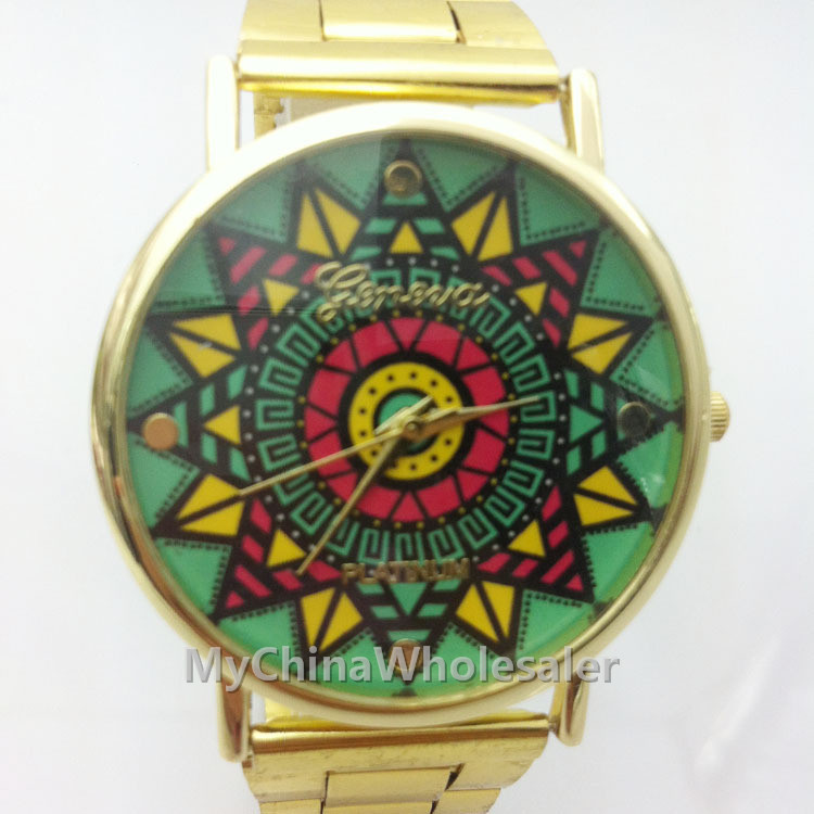 Stainless Wrist Watch for Women Fashion Gold Crystal Quartz Vintage Sun Fllower Pattern Design Lady Women Luxury Wrist Watch