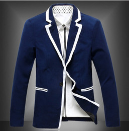 Free shipping on blazers and sport coats at lemkecollier.ga Shop the latest styles from the best brands of blazers for men. Totally free shipping and returns.
