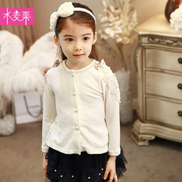Wholesale Hot selling baby girl pearl lace ruffle design long sleeve t shirt child single breasted knitted cardigan fashion sweater