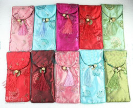 Wholesale Fashion Spectacle Pouches Glasses Bag Cheap Silk Fabrics Color Tassel Eyeglass Bags mix Free