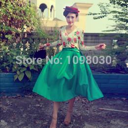Wholesale best price sell like hot cakes of autumn summer new skirt hem green long skirt Distribution belt