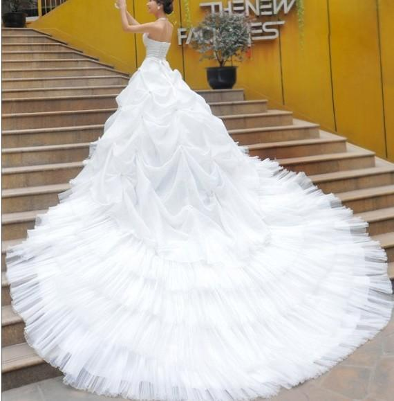 2011 white big train trailing wedding dresses bride gown for Big white wedding dresses