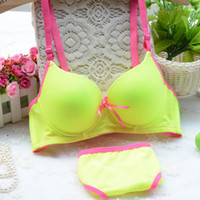 Wholesale New push up bra set sexy Seamless A B C cup A A A B B B C C girl Lovely Underwear suit