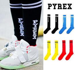 Wholesale-New pyrex football socks wholesale fashion men's white basketball socks outdoor sport knee high black cotton long socks
