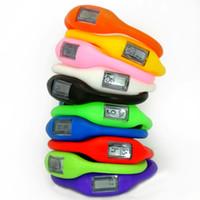 Caoutchoucs ion Avis-10pcs gros-gros caoutchouc de silicone Jelly Ion Unisexe Hommes Femmes Garçons Filles Sport numériques LED Bracelet Montres