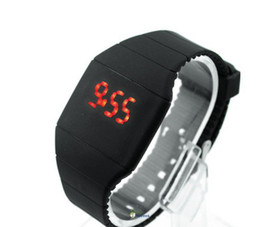 Wholesale Systemic Silicone Ultra thin Multi function Design Sport Unisex Newest LED Watches Promotion Price WLED1071
