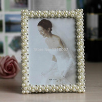 wholesale hot special offer picture frame photo frames with pearls and rhinestone decoration