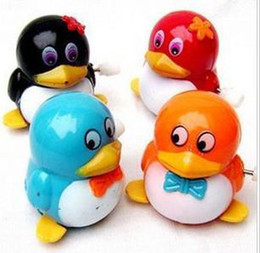 wholesaleWind toys, clockwork penguins QQ, walking, simple and honest and lovely, spring toys