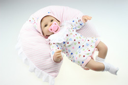 Wholesale-2015 Wholesale Lifelike Reborn Baby Doll Fashion Doll Birthday Present For GirlS Real Gentle Touch Rooted Hair