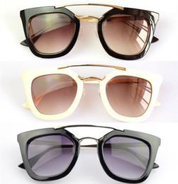 Descuento gafas de diseño fresco -Gianna al por mayor de junio Big Square Classic Negro Marco del gato de los vidrios del ojo de la vendimia 2015 del nuevo diseñador frescos del verano Gafas de sol de mujer de marca